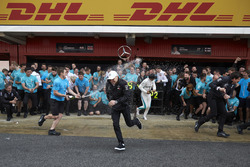 Lewis Hamilton, Mercedes AMG F1, 1st position, Valtteri Bottas, Mercedes AMG F1, 2nd position, Toto Wolff, Executive Director (Business), Mercedes AMG, the Mercedes team celebrate