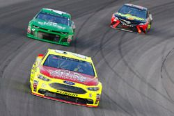 Paul Menard, Wood Brothers Racing, Ford Fusion Menards / Atlas e Kyle Larson, Chip Ganassi Racing, Chevrolet Camaro Clover
