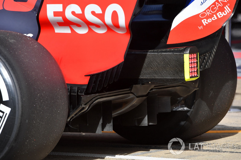Red Bull Racing RB14 rear diffuser detail