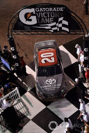 Erik Jones, Joe Gibbs Racing, Toyota Camry buyatoyota.com, pulls into victory lane.