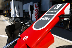 Haas F1 Team VF-18 front nose and wing detail