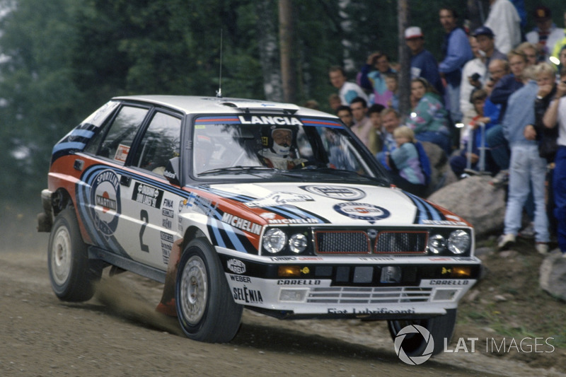 Juha Kankkunen, con un Lancia Delta Integrale en el Rally de Finlandia 1991