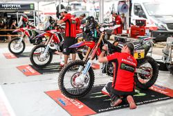 #5 Monster Energy Honda Team Honda: Joan Barreda