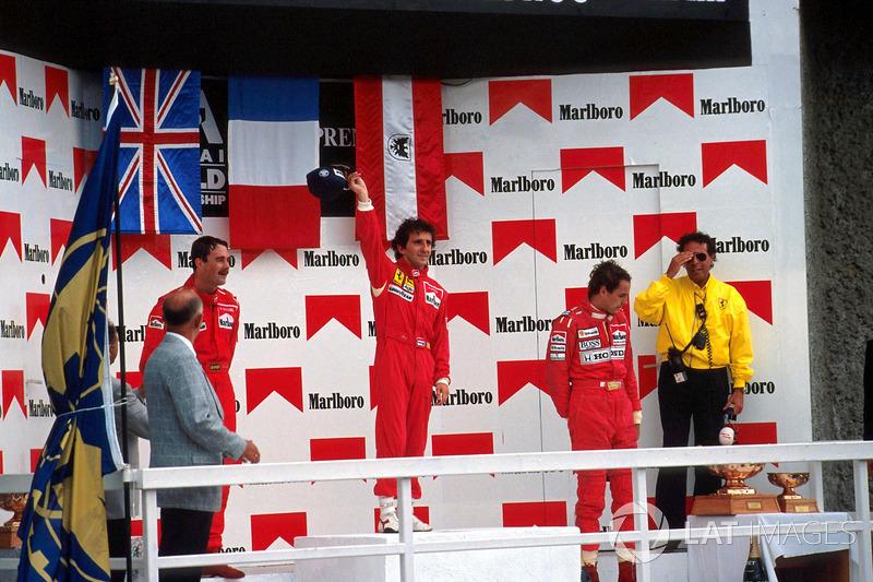 Podio: ganador de la carrera Alain Prost, segundo lugar Nigel Mansell, tercer lugar Gerhard Berger