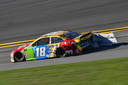 Kyle Busch, Joe Gibbs Racing Toyota shows damage