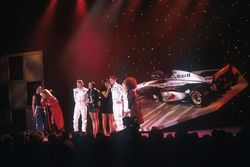Mika Hakkinen, David Coulthard, McLaren con las Spice Girls