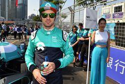 Luca Filippi, NIO Formula E Team,on the grid