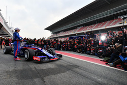 Pierre Gasly, Scuderia Toro Rosso and Brendon Hartley, Scuderia Toro Rosso, the new Scuderia Toro Rosso STR13