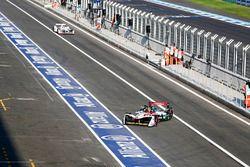 Daniel Abt, Audi Sport ABT Schaeffler et Jose Maria Lopez, Dragon Racing dans les stands