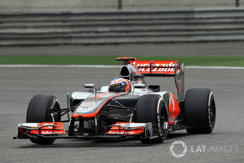 4: Jenson Button: 230 GPs (76,16% dos disputados)