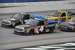 Christopher Bell, Kyle Busch Motorsports Toyota y Parker Kligerman, Henderson Motorsports Toyota