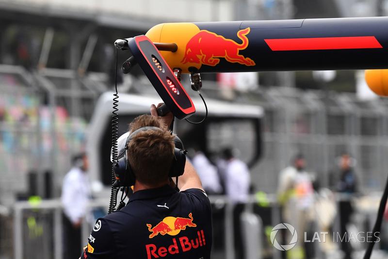 Red Bull Racing mecánicos