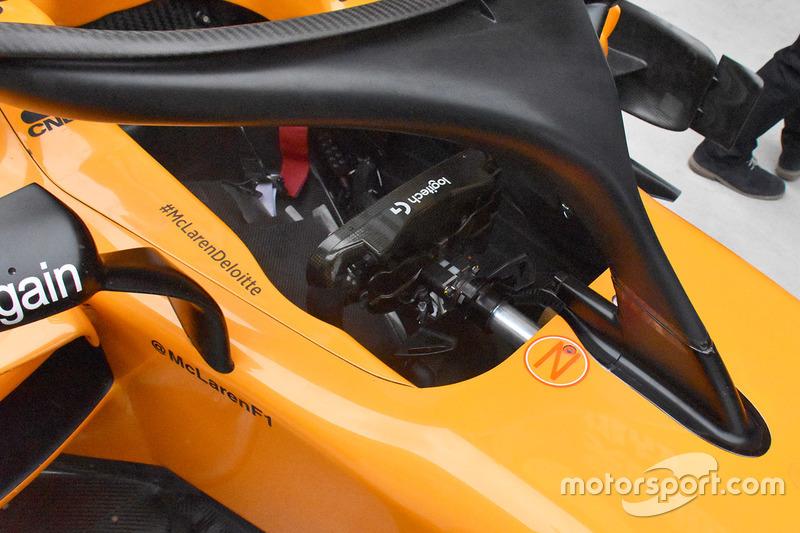 McLaren MCL33 cockpit detail