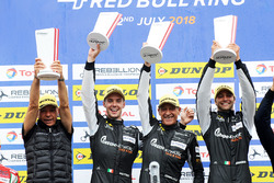 Podium GTE: race winners #88 PROTON Competition Porsche 911 RSR: Gianluca Roda, Giorgio Roda, Matteo Cairoli