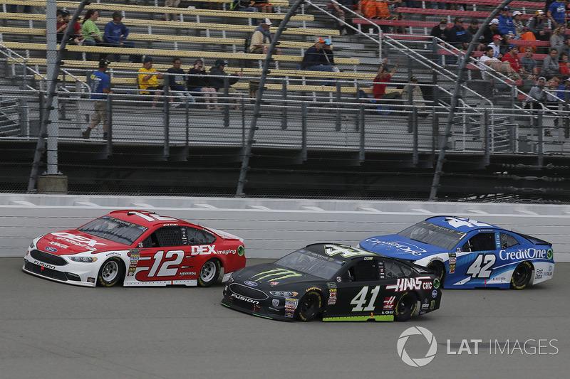 Ryan Blaney, Team Penske, Ford Fusion DEX Imaging Kurt Busch, Stewart-Haas Racing, Ford Fusion