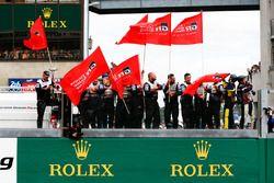 Team of car #8 Toyota Gazoo Racing Toyota TS050: Sébastien Buemi, Kazuki Nakajima, Fernando Alonso, on the pit wall