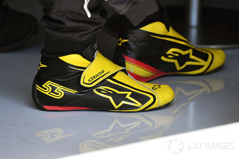 Las botas Alipnestars de Carlos Sainz Jr., Renault Sport F1 Team