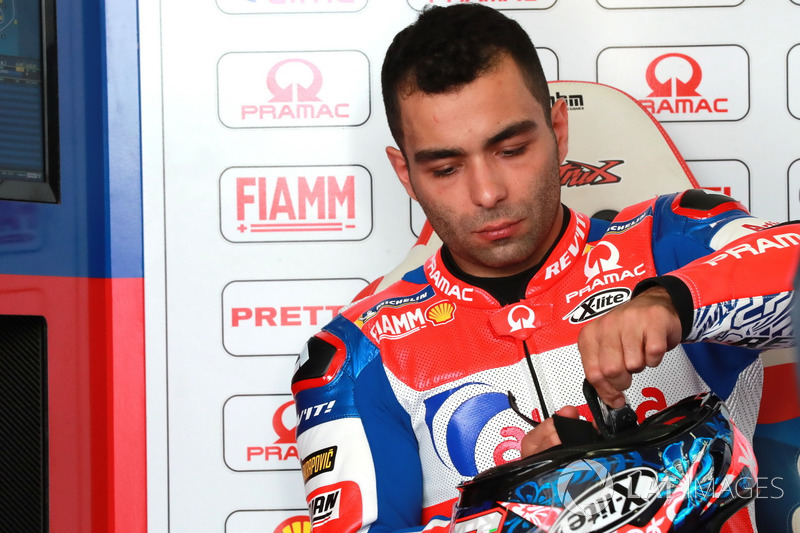 """Danilo Peytrucci: """"Ele [Lorenzo] saiu na curva 1, eu estava por dentro, bastante calmo. Mas então ele me viu, e acho que decidiu me tocar, porque ele me tocou no meu pneu dianteiro."""""""
