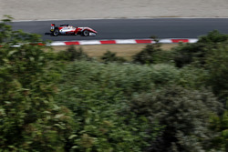 Гуанью Чжоу, PREMA Theodore Racing Dallara F317 - Mercedes-Benz
