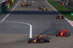 Max Verstappen, Red Bull Racing RB14 Tag Heuer, Kimi Raikkonen, Ferrari SF71H, Daniel Ricciardo, Red Bull Racing RB14 Tag Heuer, Nico Hulkenberg, Renault Sport F1 Team R.S. 18