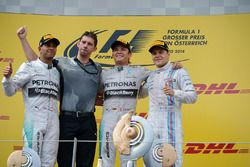 Podium: 1. Nico Rosberg, Mercedes; 2. Lewis Hamilton, Mercedes; 3. Valtteri Bottas, Williams