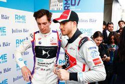 Alex Lynn, DS Virgin Racing, talking to Edoardo Mortara, Venturi Formula E Team, dans la zone mixte