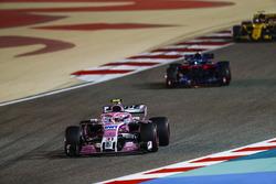 Esteban Ocon, Force India VJM11 Mercedes, Pierre Gasly, Toro Rosso STR13 Honda, and Carlos Sainz Jr., Renault Sport F1 Team R.S. 18