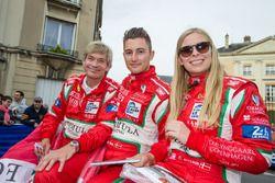 #60 Formula Racing Ferrari 458 Italia: Johnny Laursen, Mikkel Mac, Christina Nielsen