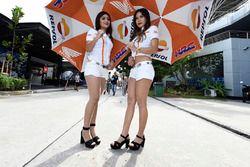 Lovely Repsol Honda Team girls