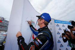 Polesitter Greg Biffle, Roush Fenway Racing Ford