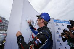 Polesitter Greg Biffle, Roush Fenway Racing, Ford