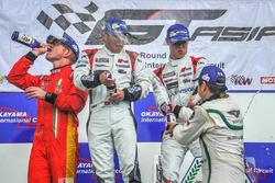 Podium: winner #5 Phoenix Racing Audi R8 LMS GT3: Marchy Lee, Shaun Thong