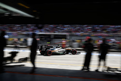 Sergio Perez, Sahara Force India F1 VJM09 sort des stands
