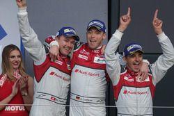 (L to R): Race winners Marcel Fassler, Andre Lotterer, Benoit Treluyer, #07 Audi Sport Team Joest Au