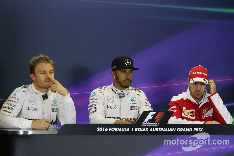 Polesitter Lewis Hamilton, 2. Nico Rosberg, 3. Sebastian Vettel