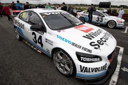 James Moffat et James Golding, Garry Rogers Motorsport Volvo