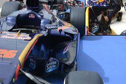 Toro Rosso STR11 sidepod detayı