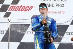 Podio: ganador de la carrera Maverick Viñales, del equipo Suzuki MotoGP