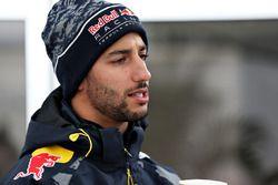 Daniel Ricciardo, Red Bull Racing dans le paddock