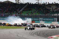 Lewis Hamilton, Mercedes AMG F1, W07 Hybrid, nach dem Start