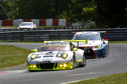 #911 Manthey Racing, Porsche 911 GT3 R: Earl Bamber, Nick Tandy