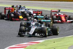 Nico Rosberg, Mercedes AMG F1 W07 Hybrid leads team mate Lewis Hamilton, Mercedes AMG F1 W07 Hybrid at the start of the race