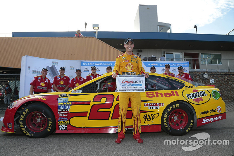 Brooklyn: Joey Logano (Penske-Ford)