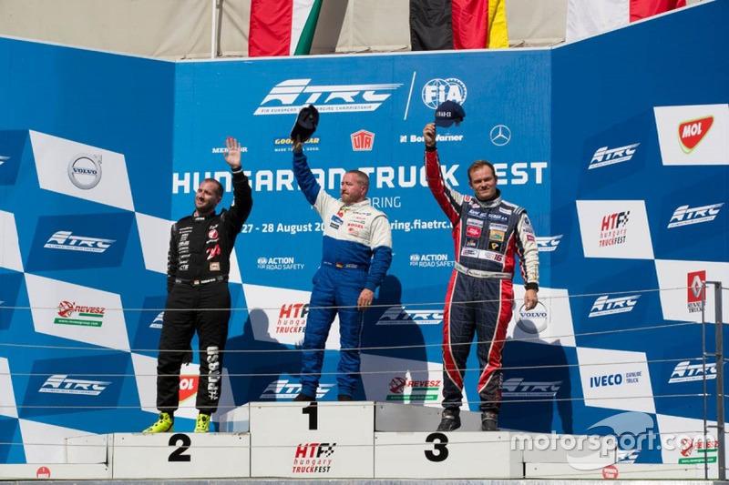 Podyum: 1. Jochen Hahn, MAN; 2. Norbert Kiss, Mercedes-Benz; 3. Adam Lacko, Freightliner