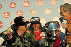 Yarış galibi Emerson Fittipaldi, McLaren