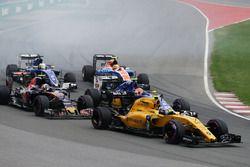 Jolyon Palmer, Renault Sport F1 Team RS16 au départ