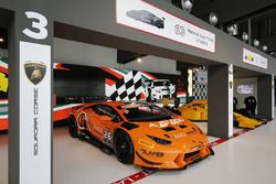 Lamborghini Huracan LP620-2 Super Trofeo, Orange1 Racing, la livrea dedicata a Ferruccio Lamborghini