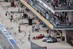 Kimi Raikkonen, Scuderia Ferrari SF16-H parks up in the pit lane