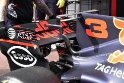 Red Bull Racing RB13: T-Flügel