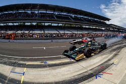 Graham Rahal, Rahal Letterman Lanigan Racing, Honda, Ed Carpenter; Ed Carpenter Racing, Chevrolet